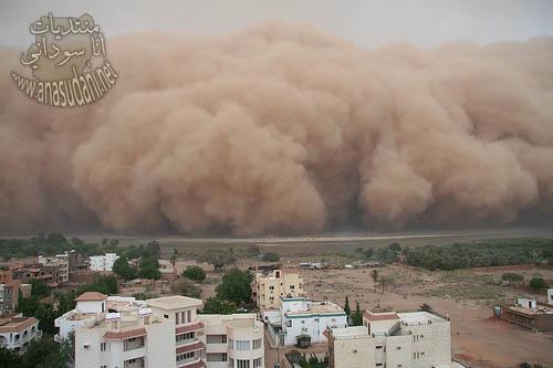 صور اعصار يضرب السودان